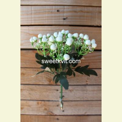 Искусственная роза первоцвет букет