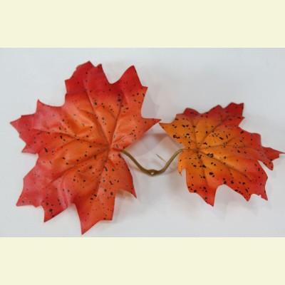 Искусственный лист клена, 17 см