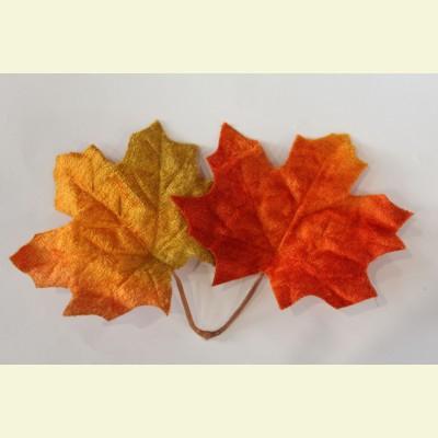 Искусственный лист клена, 16 см